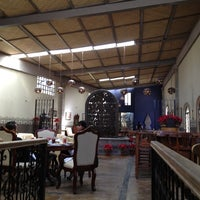 รูปภาพถ่ายที่ Restaurante Lolita โดย Gerardo M. เมื่อ 11/24/2012