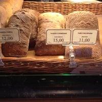 Снимок сделан в Boulangerie пользователем Basileus Z. 12/9/2012