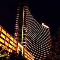 Das Foto wurde bei Encore Las Vegas von Jeremy W. am 8/8/2013 aufgenommen