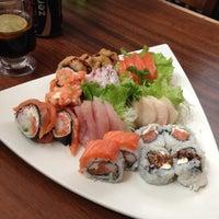 Photo prise au Yatta Sushi par Dé M. le5/1/2013