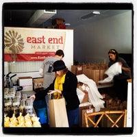 12/21/2012 tarihinde John R.ziyaretçi tarafından Audubon Park Community Market'de çekilen fotoğraf