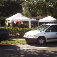 8/26/2013 tarihinde John R.ziyaretçi tarafından Audubon Park Community Market'de çekilen fotoğraf