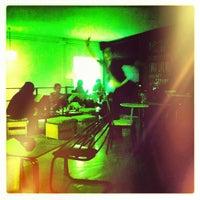 4/27/2013에 Eli S.님이 Miscelanea Gallery-Shop-Café에서 찍은 사진