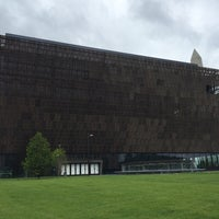 Foto tirada no(a) National Museum of African American History and Culture por Stacey em 6/5/2016