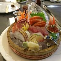 Foto tirada no(a) Keizo Teppan Sushi Bar por Alvaro H. em 5/6/2014