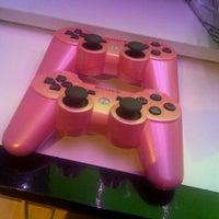 12/8/2012 tarihinde Sadik T.ziyaretçi tarafından Play Game'de çekilen fotoğraf