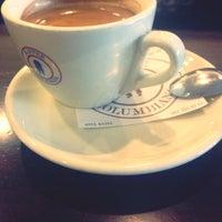 Das Foto wurde bei La Columbiana Kaffeerösterei von AoS am 11/15/2013 aufgenommen