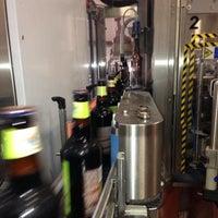 8/26/2013에 Chris A.님이 Shmaltz Brewing Company에서 찍은 사진