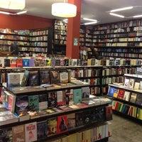 Foto tirada no(a) Librería El Virrey por Gonz em 9/4/2013