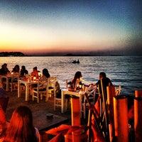 Foto tomada en Denizaltı Cafe & Restaurant por Emrah Y. el 6/25/2013