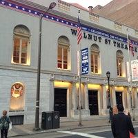 4/9/2013 tarihinde Pharmaguyziyaretçi tarafından Walnut Street Theatre'de çekilen fotoğraf