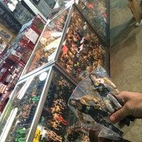 Photo prise au World's Awesome Flea Market par Hornblasters le3/30/2014