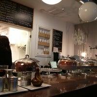 Foto tomada en Café Alma por Luis G. el 10/20/2013