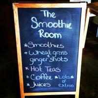 1/26/2013 tarihinde the Smoothie Roomziyaretçi tarafından The Smoothie Room'de çekilen fotoğraf