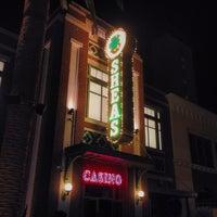 Foto scattata a O'Shea's Pub da Sean B. il 1/11/2014