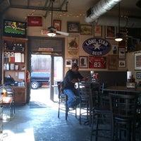 รูปภาพถ่ายที่ Fox Bros. Bar-B-Q โดย James C. เมื่อ 10/17/2012