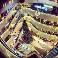 Foto diambil di Galeria Shopping Mall oleh ❤️Дарья❤️ Г. pada 11/19/2013