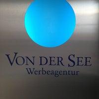 รูปภาพถ่ายที่ Werbeagentur VON DER SEE GmbH โดย Sebastian F. เมื่อ 9/25/2012