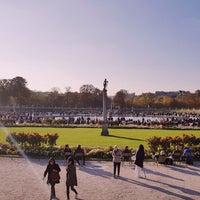 10/20/2018 tarihinde Paola S.ziyaretçi tarafından Grand Bassin du Jardin du Luxembourg'de çekilen fotoğraf