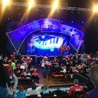 2/2/2013 tarihinde Rachel M.ziyaretçi tarafından INTRUST Bank Arena'de çekilen fotoğraf