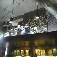 2/6/2013にLeo H.がStarbucksで撮った写真