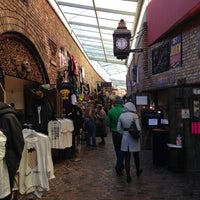 Photo prise au Camden Stables Market par Francisco le12/7/2012