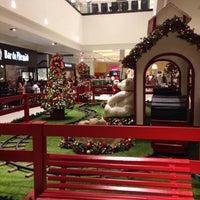 Foto tirada no(a) Parque Shopping Maia por Juliano S. em 11/20/2015