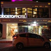 9/30/2012 tarihinde Birtan Ç.ziyaretçi tarafından Rodosto Hotel'de çekilen fotoğraf
