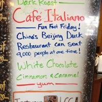 Das Foto wurde bei Loveland Coffee Company von Laurie B. am 3/8/2013 aufgenommen