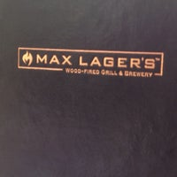 Foto tomada en Max Lager's Wood-Fired Grill & Brewery  por Jonathan C. el 3/30/2013
