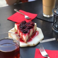 8/24/2018 tarihinde Mehtap A.ziyaretçi tarafından Lungo Espresso Bar'de çekilen fotoğraf