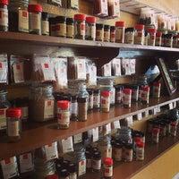 9/2/2013에 Matt S.님이 Old Town Spice Shop에서 찍은 사진