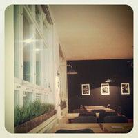 11/28/2012 tarihinde Ivanaziyaretçi tarafından RougeMarin'de çekilen fotoğraf