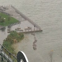 10/29/2012에 Laura B.님이 Frankenstorm Apocalypse - Hurricane Sandy에서 찍은 사진