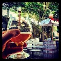 Foto scattata a Rogue Eastside Pub & Pilot Brewery da Mike M. il 7/17/2013