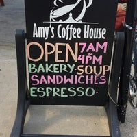 8/3/2014 tarihinde Chris R.ziyaretçi tarafından Amy's Coffee House'de çekilen fotoğraf