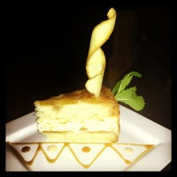 Foto scattata a Crave Dessert Bar da Lauren P. il 2/3/2013