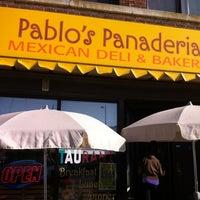 Foto tomada en Pablo's Old Town Mexican Restaurant por Rick R. el 3/25/2012