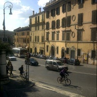 Foto tirada no(a) Teatro Della Cometa por Marco S. em 3/7/2012