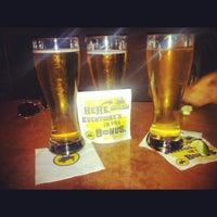 Foto tomada en Buffalo Wild Wings por Nayelii A. el 6/1/2012