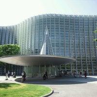 Das Foto wurde bei The National Art Center, Tokyo von Macky am 5/5/2012 aufgenommen