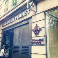 Photo prise au Forbidden Planet par Dasya K. le5/2/2012