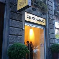 Foto scattata a Gelato Giusto da Fabio T. il 5/17/2011