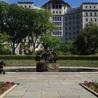 Foto tomada en Conservatory Garden por Kristen M. el 5/12/2012
