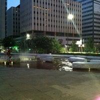 Снимок сделан в Main Street Garden пользователем Claire 7/7/2012