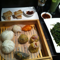 5/12/2012에 Ky C.님이 Chefs Gallery에서 찍은 사진