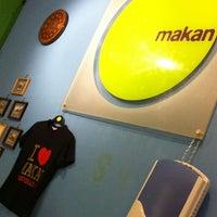 Das Foto wurde bei Makan von Madir M. am 11/12/2011 aufgenommen
