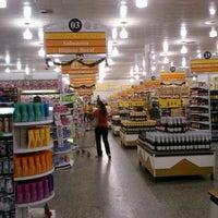 Foto tirada no(a) Giassi Supermercados por Julio C. em 12/3/2011