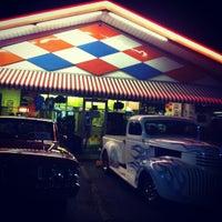 Das Foto wurde bei Biff Burger von Megan G. am 11/26/2011 aufgenommen