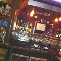 Foto diambil di Bull Bar oleh John Paul G. pada 11/20/2011
